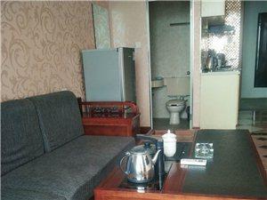 悦居1室1厅1卫1800元/月
