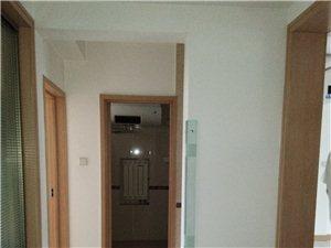 阳光南区5室3厅2卫178万元