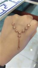 au585K金项链,支持专柜验货,终身免费换款,可在金叶珠宝店内交易。