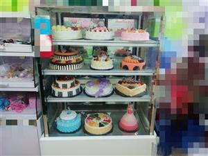 因店面装修,现有蛋糕店1米风冷柜,1.5米直冷柜,2米边柜,1.3米模型展柜打包白菜价出售!非诚勿扰...