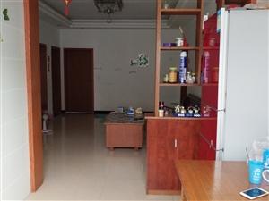 我的房子出售 老卢巷工行宿舍顶楼,3一2,三个大阳台,另有杂物间,110平米,楼顶种菜,每间屋都通...
