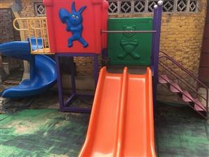 儿童滑梯。转椅。低价出售。不议价。