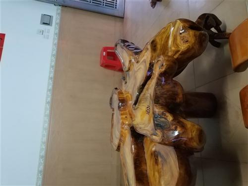 海南菠萝蜜树根雕刻而成。。刚刚做好 还没用过