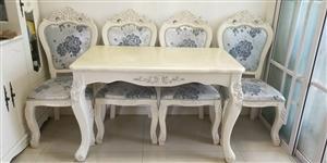 欧式大理石桌面,一桌四椅,没怎么用光摆着了,桌子尺寸120*70