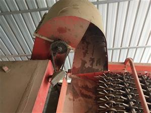 昭達玉米收割機16