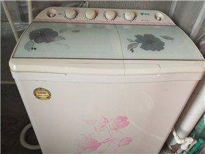 申花�p缸洗衣�C,七成新,因搬家舍��可惜,�m合租房朋友,便宜出售,300元可�h�r格