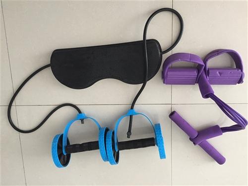 金沙国际网上娱乐二手动感单车一辆(另送脚踏拉力器,腹肌轮)