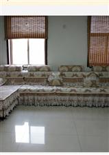 兴玉嘉苑3室2厅1卫32.5万元