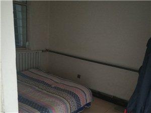 德令哈市区划大队2室1厅1卫13.2万元