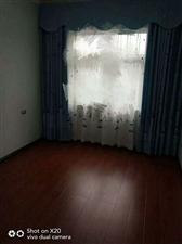五岳广场3室2厅2卫68万元装修未入住