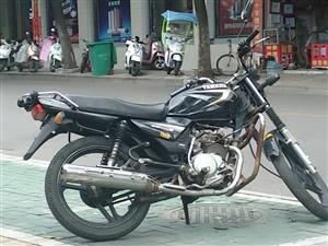 【出售摩托车】 本人在乐平有一辆黑色天剑雅马哈男士摩托车出售,车况比较好,买回去基本上不用的花�叮�...