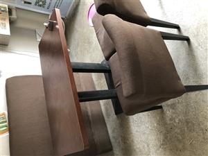 桌椅,现二手出售,共7套,大的5套,小的2套,1800共7套