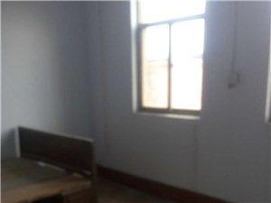 二实小学区房3室1厅1卫900元/月