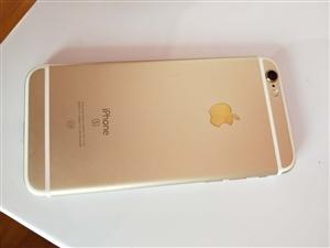 自用苹果6s.32G九成新,无拆无修。玫瑰金色。因本人换手机,现低价出售。