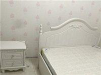 闲置转让:1.5米的德家白色高箱床。购置2000多。卖1000元。九.五成新。