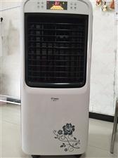 空调扇,1米1?45,冷热风,冷风150,可以加水加冰,热风2200,九成新有需要的联系我!
