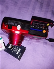 尼康s6300 因自己买了单反相机,便宜处理自己用过的尼康s6300相机,成色如图,漆面有些掉漆,没...
