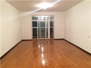 北区阳光港湾3室2厅2卫1500元/月