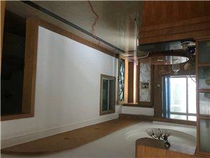 四小旁私人住宅4室2厅3卫55万元