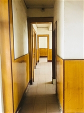 农商行宿舍4室2厅2卫38万元