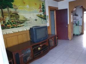 华夏广场四楼3室2厅1卫800元/月
