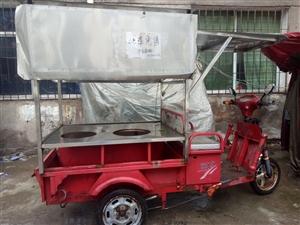 本人出售一台电动三轮车,可直接经营小本生意。有意者联系13997765466