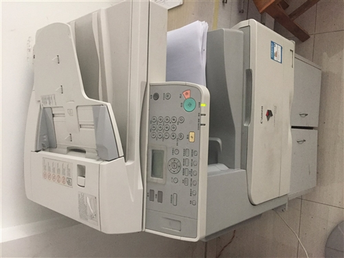 以前准备办公司买的打印机,复印,扫描,打印都可以,先低价处理,联系电话13966616449