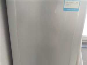 海尔冰箱  九成新