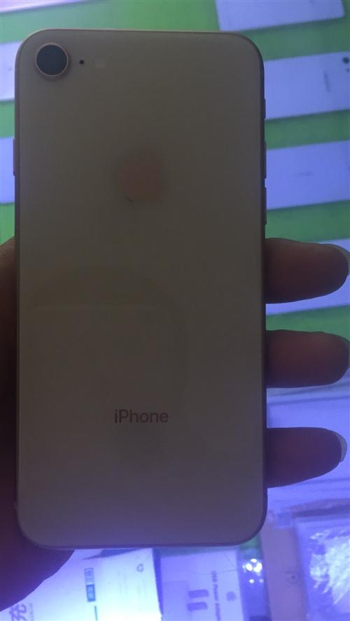 苹果8 玫瑰金 国行全网64G 成色99新 保修到明年6月12号 带保修卡