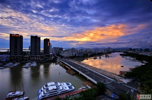 美丽的三亚河以及凤凰岛
