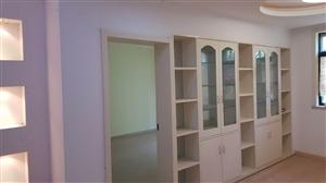 新房精装修复式楼万安苑4室2厅2卫131万元