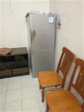 海甸三东路省药材公司宿舍2室1厅1卫1800元/月