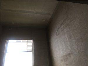 万荣城市华庭2室2厅1卫85万元