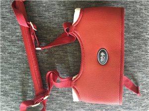 贝亲学步带,9.5成新,拆开后,大人不习惯用,一直就未用了。原价120元。