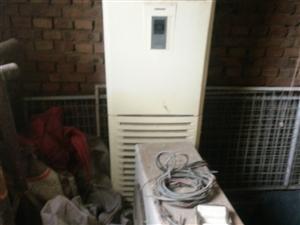 科龙柜机三相四线,之使用过3个月,2007年出厂