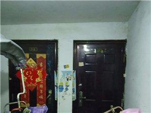 瑞丰翡翠城1室1厅1卫400元/月