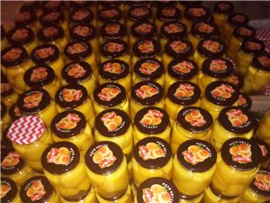 出售純手工自制黃桃罐頭