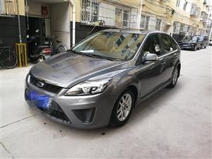 本人2011款福特福克斯两厢手动舒适型轿车出售,行驶公里6.5万。
