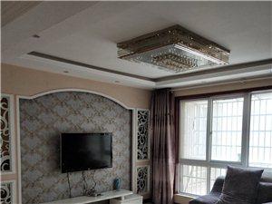 宏基王朝3室2厅2卫92.8万元