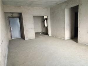 阳光大院3室1厅2卫43.8万元