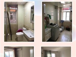 蓝波圣景3室2厅2卫70万元