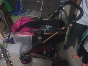 现有全新婴儿推车一辆出售  买来一次没用过 实物如图