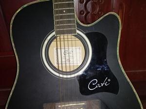 因工作原因导致吉他放在家里没用了,有喜欢的可以拿去用。价格可商量。