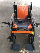 本人家里有一辆鼎威牌DW108型电动轮椅车,去年八月京东商城购买的。原价1680元,有当时购买的发票...