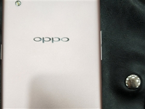 OPPO  R9  9.5成新,无修无拆,有意来电。