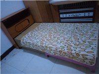 旧家具处理,一套沙发,一个茶几,一个电视柜,一个单人床(带床头柜)