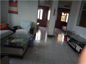 长青小区3室2厅1卫1200元/月
