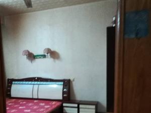 市委家属院3室2厅1卫1100元/月