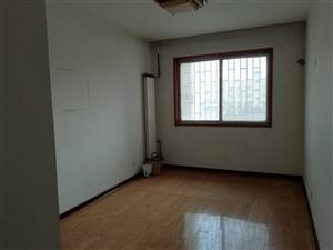 黛眉广场东出口6室2厅2卫60万元