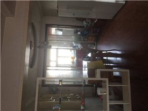 明珠花园3室2厅2卫70万元